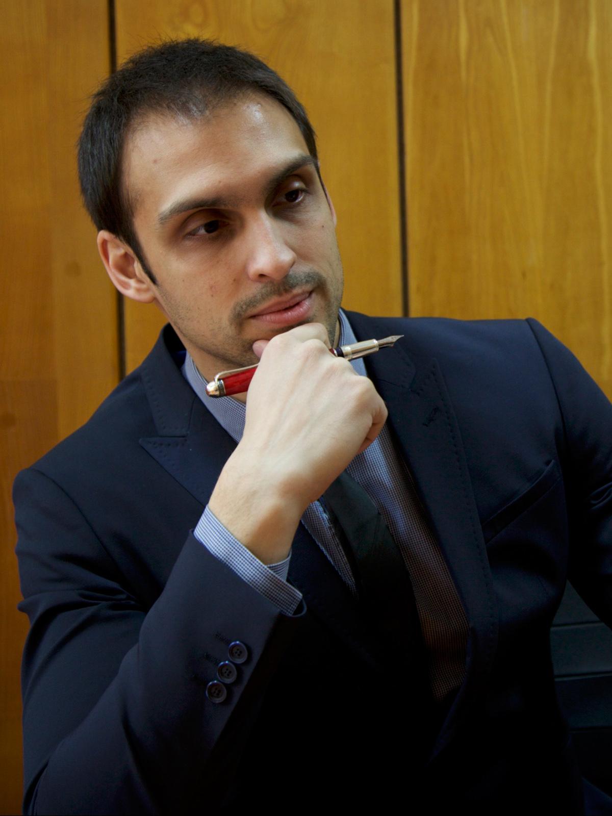 доц. д-р Иван Куюмджиев