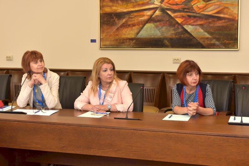 Елена Кенарова, Антоанета Хинева- Общ. Варна и Доц. Лилянова ТУ