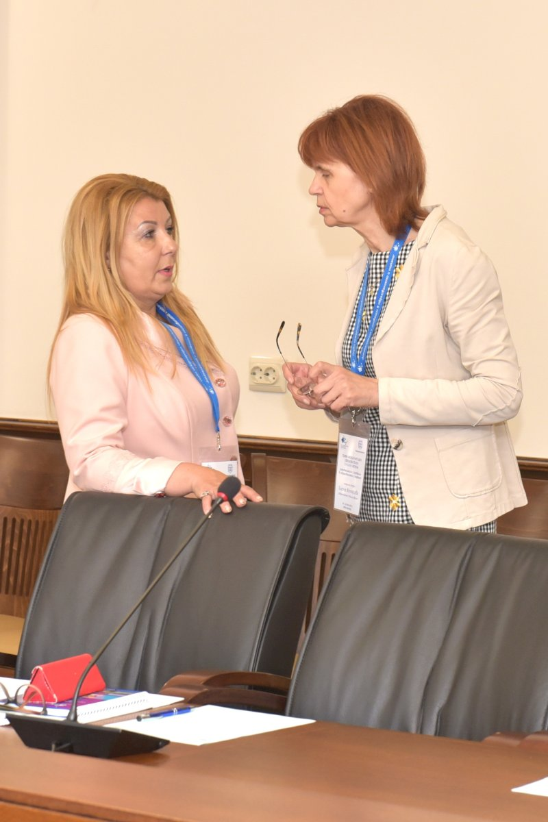 Елена Кенарова, Антоанета Хинева-Общ. Варна, организатори