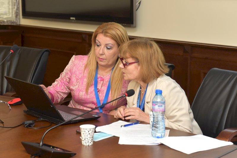 Антоанета Хинева, Д Ганева- организатори