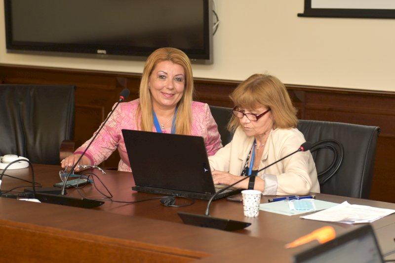 Антоанета Хинева, Д. Ганева-организатори
