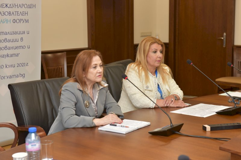 Закриване на форума- Славничка Ангелова и Антоанета Хинева-Общ. Варна